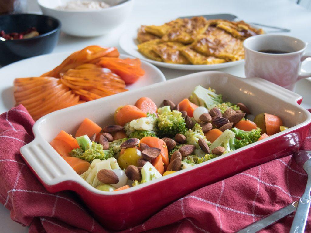 parsakaali salaatti