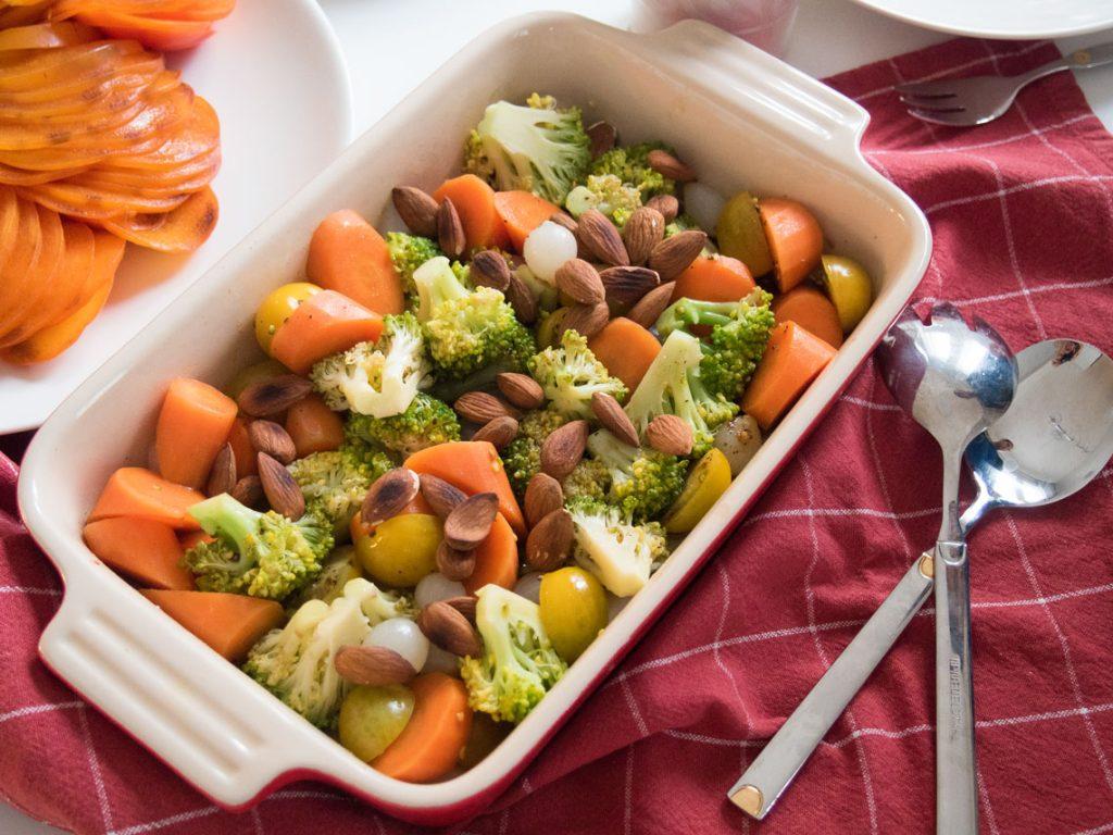manteli-parsakaali salaatti