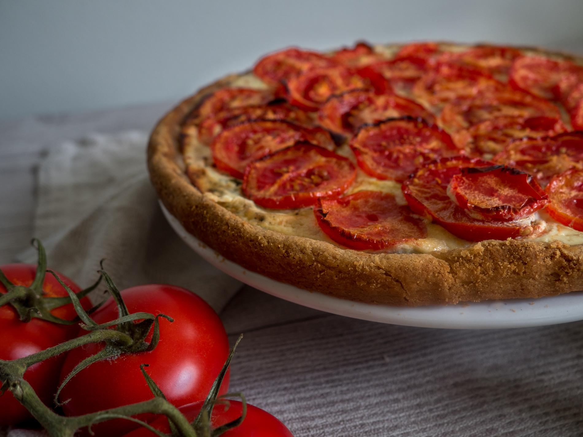 Tomaattipiirakka