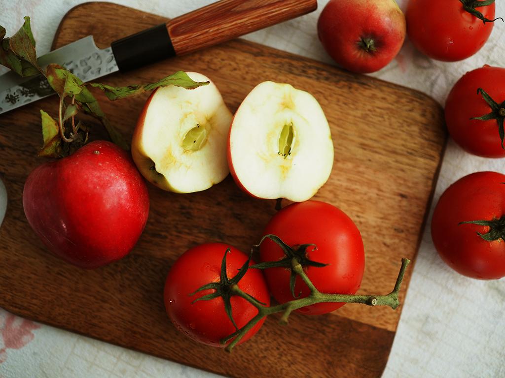omena-tomaattisalsa