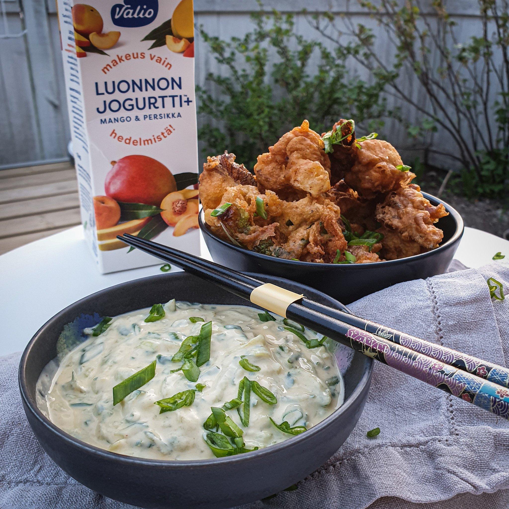 Kukkakaalista saa helposti hyvää ruokaa, tässä resepti kukkakaali wingseihi